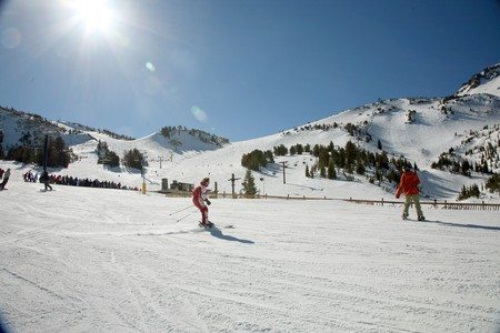 skiers at ski ressort, beginning woman