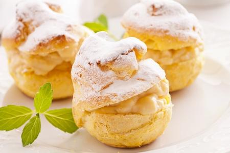 Bigne stuffed with pastry cream