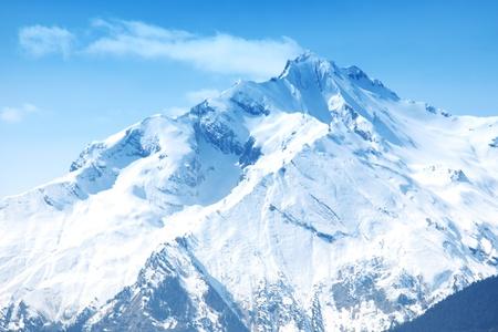 Photo pour top of mountains sun in blue sky - image libre de droit