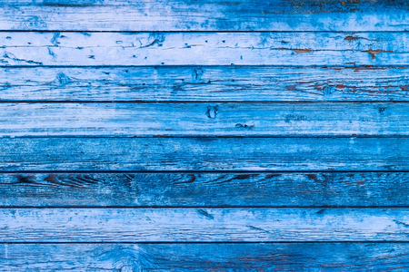 Photo pour Blue texture of a board with peeling paint. Abstract background for design. Table or wall panel. - image libre de droit