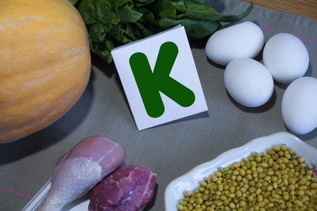 Foods containing vitamin K : eggs, soy, meat, squash, spinach