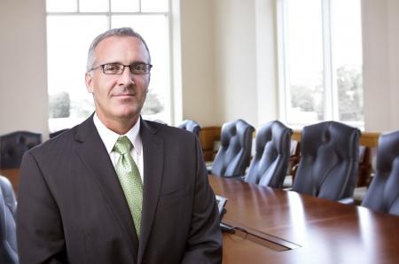 Photo pour Confident Businessman portrait - image libre de droit