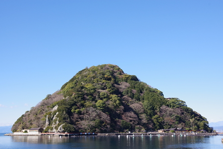 Yonashika180200001