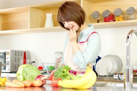 Youichi4411120400185