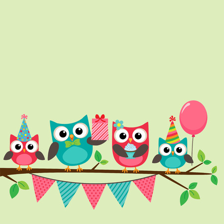 Foto de Vector birthday party card with cute owls on tree - Imagen libre de derechos