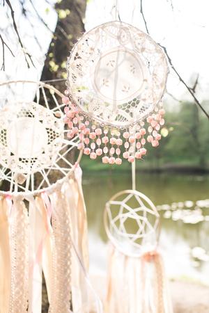 Photo pour Wedding decoration on boho style: Dream catchers - image libre de droit