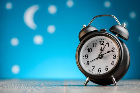 Photo pour Vintage alarm clock - image libre de droit