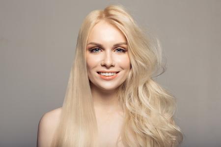 Photo pour Concept keratin straightening hair. - image libre de droit