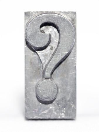 Photo pour question mark metallic letterpress type block front view isolated on white - image libre de droit