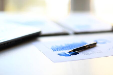 Foto de Financial management graphs in a corporate blue color - Imagen libre de derechos