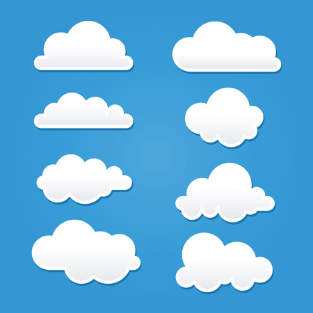 Photo pour Collection of clouds in different shape and sizes - image libre de droit