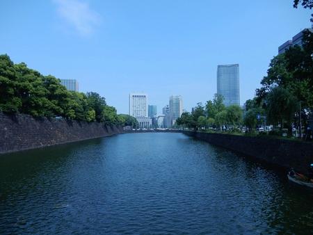 Yuzohamaguchi181000011