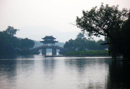 Zhangbo141200454