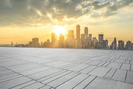 Photo pour Empty square floor and modern city skyline in chongqing at sunset,China. - image libre de droit
