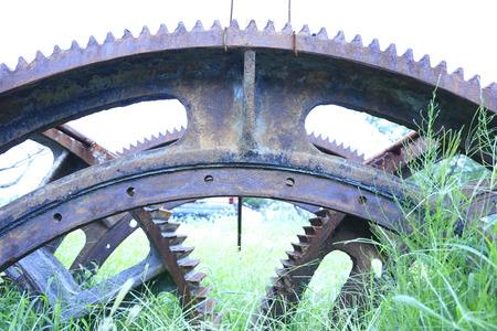 Photo pour Rusty gears and equipment close-up - image libre de droit
