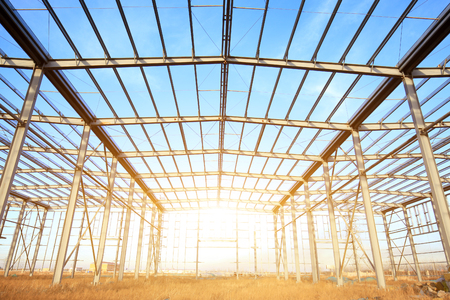 Foto für In the construction site, steel structure is under construction - Lizenzfreies Bild