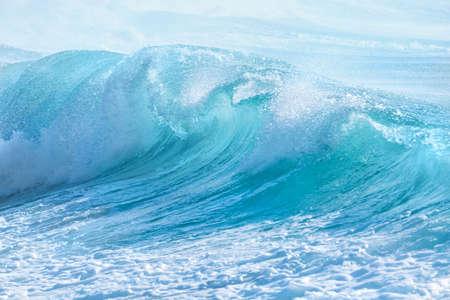 Foto per turquoise waves at Sandy Beach, Oahu, Hawaii USA - Immagine Royalty Free