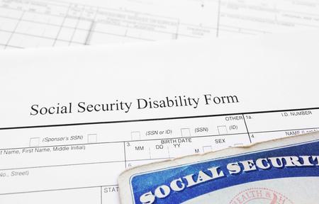 Photo pour Social Security Disability application form and Social Security card - image libre de droit