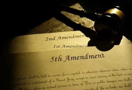 Photo pour Fifth, First and Second Amendments of the United States Constitution - image libre de droit