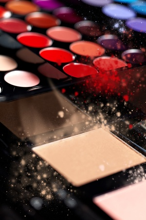 Make-up colorful eyeshadow palettesの写真素材