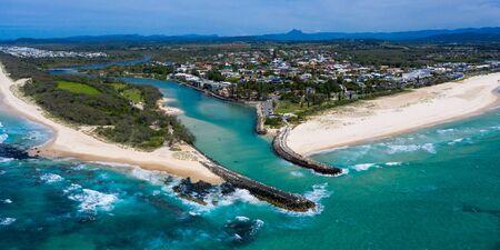 Photo pour Panorama of Kingscliff on the Northern NSW coast, Australia - image libre de droit