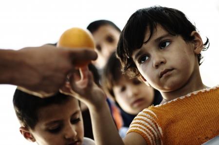 Photo pour poverty kids - image libre de droit