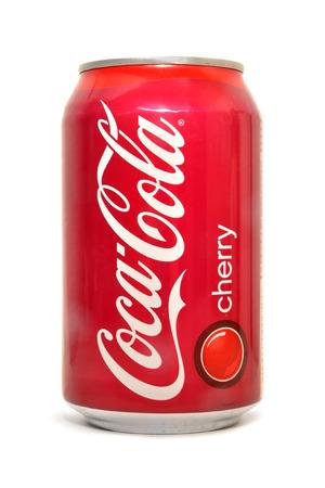 Foto de Coca-Cola cherry soda can - Imagen libre de derechos