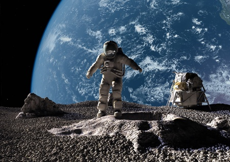 Photo pour The astronaut on a background of a planet   - image libre de droit