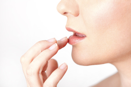 Foto de Lips care of a young woman - Imagen libre de derechos