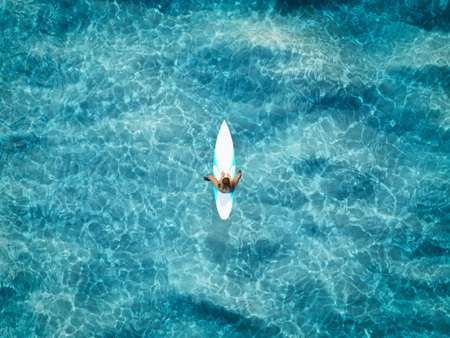 Foto de one surfer on the ocean. 3d rendering - Imagen libre de derechos