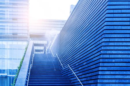 Photo pour Outdoor staircase and step - image libre de droit