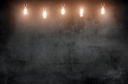 Photo pour room with pendant lamps and blackboard blackground - image libre de droit