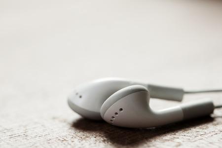 Photo pour concept of digital music white Headphones isolated - image libre de droit