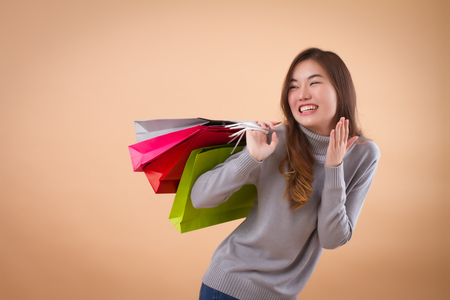 Foto für happy, excited woman shopper or customer with shopping bag - Lizenzfreies Bild