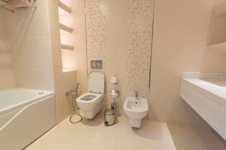Foto de Modern interior of bathroom and toilet - Imagen libre de derechos