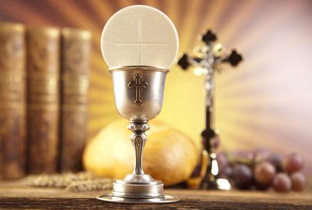 Photo pour Holy Communion with Bread, Wine - image libre de droit