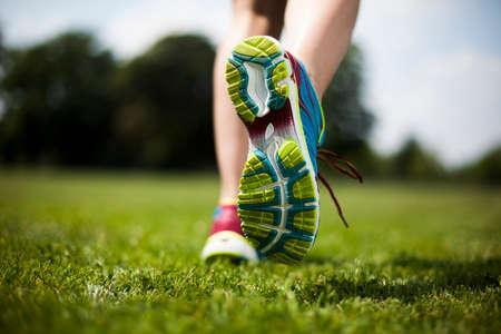 Foto de Training woman and healthy lifestyle - Imagen libre de derechos