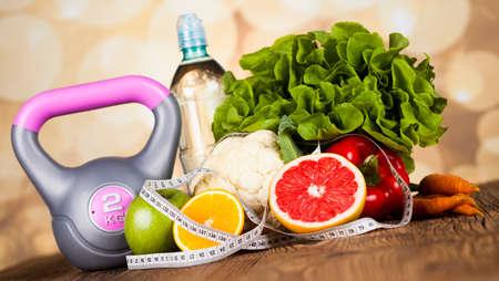 Foto de Healthy lifestyle concept, vitamins composition - Imagen libre de derechos