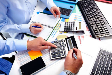 Photo pour Hand with calculator. Finance and accounting business. - image libre de droit