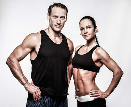 Photo pour Couple with beautiful athletic bodies - image libre de droit