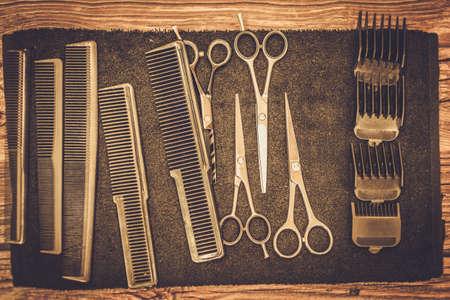 Photo pour Hairstylist's accessories in barber shop - image libre de droit