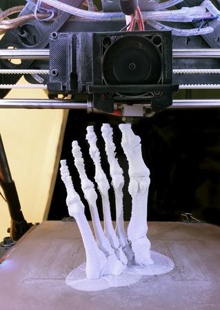 Foto de 3D Printing Model of Human Foot Bones - Imagen libre de derechos
