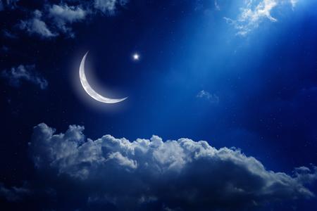 Foto de background with moon and stars - Imagen libre de derechos