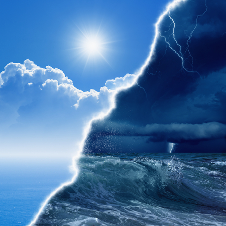 Foto de Weather forecast concept background -  opposite weather conditions, bright sun and blue sea; dark stormy sky with lightnings and stomy sea - Imagen libre de derechos