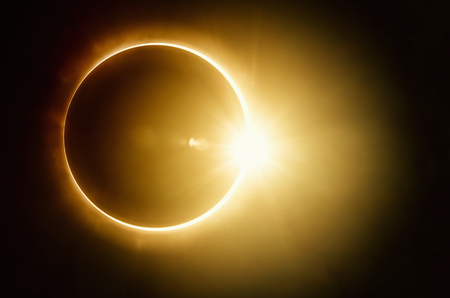 Photo pour Amazing scientific - total solar eclipse, mysterious natural phenomenon when Moon passes between planet Earth and Sun - image libre de droit