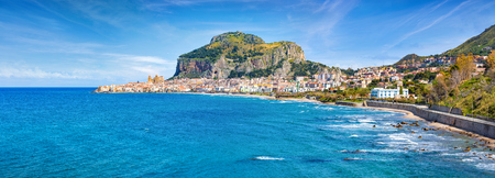 Photo pour Cefalu is town in Italian Metropolitan City of Palermo located on Tyrrhenian coast of Sicily, Italy. Cefalu is popular travel destination in Europe because of long sandy beach and clear blue sea. - image libre de droit