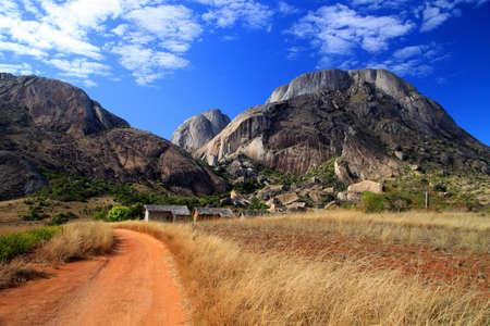 Foto de Path leading to Anja reserve in Central Madagascar - Imagen libre de derechos