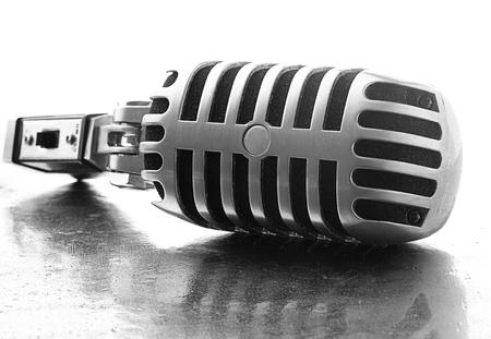 Photo pour vintage microphone on a metal surface - image libre de droit