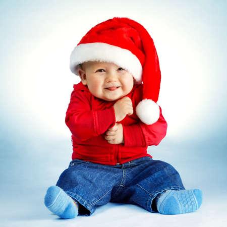 Photo pour little boy with santa costume - image libre de droit