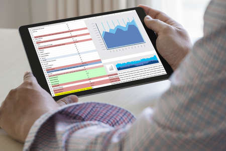 Foto per work hard Data Analytics Statistics Information Business Technology - Immagine Royalty Free
